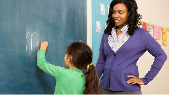 Closing the Critical Thinking Gap with Emerging Bilinguals